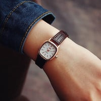 Womens Retro Small Leather Watch Gift 496