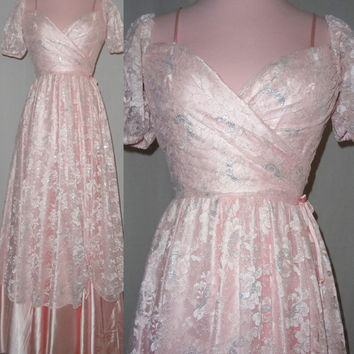 1950s 1960s Pale Pink and Silver Metallic Lace Formal Dress - Wedding Dress, Prom, Bridesmaid - SMALL - Flirtations by Alfred Angelo