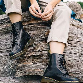 Dr. Martens 1460 Smooth Boot- Black
