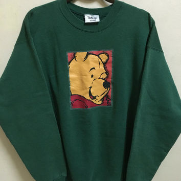 Vintage 90's Winnie The Pooh Walt Disney Tokyo Disneyland Cartoon Classic Design Skate Sweat Shirt Sweater Varsity Jacket Size L #A252