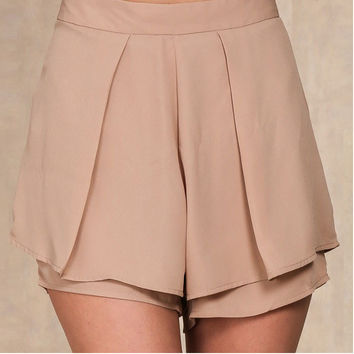 Double Pleated Short Pants