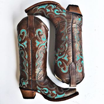 Corral Women's Honey Side Turquoise Embroidered Boot