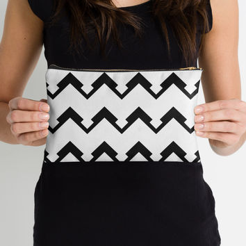 chevron pattern in black and white 02 by VanGalt