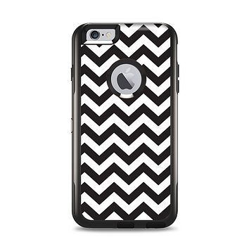 The Black and White Zigzag Chevron Pattern Apple iPhone 6 Plus Otterbox Commuter Case Skin Set