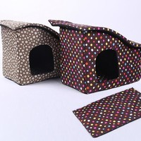 Winter Removeable Beds Dog House