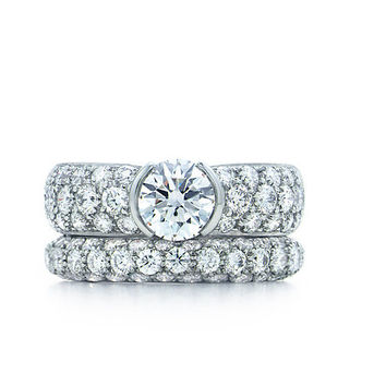 Tiffany & Co. | Engagement Rings | Etoile With Pavé-set Band | United States