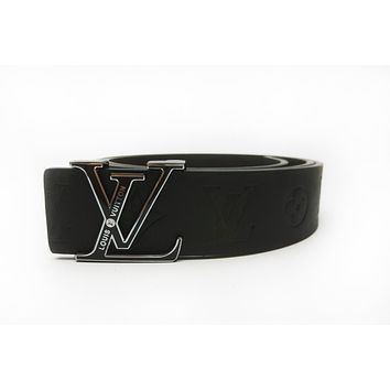 LV new men and women models wild fashion classic letter buckle smooth buckle belt Silver