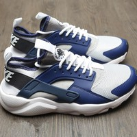 NIKE AIR HUARACHE Gym shoes-1