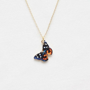 Colorful Butterfly Necklace, Flying Necklace, Insect Necklace, Pretty Necklace, Cute Necklace, Charming Necklace, Cute Gifts for friends