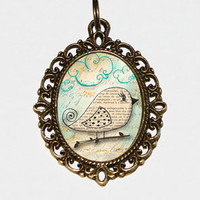 Pretty Bird Necklace Oval Pendant