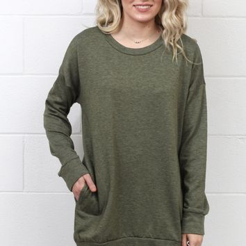 Oversized Sweatshirt Tunic w/ Pockets {Olive}