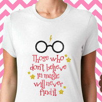 Harry Potter Shirt Believe in Magic Hogwarts Quidditch Gryffindor Slytherin Ravenclaw Hufflepuff Glitter Short Sleeve Tee Shirt
