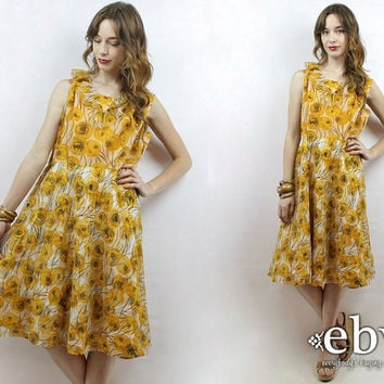 1970s Dress 70s Floral Dress Hippie Dress Hippy Dress Roses Dress 70s Dress Vintage 70s Floral Mini Dress L XL Yellow Floral Dress