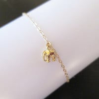 Tiny goldfilled elephant necklace, simple, cutem minimal bracelet, lucky elephant bracelet, jewelry, gift for her, christmas gift