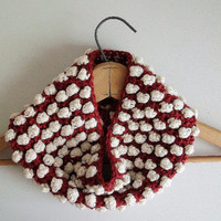 Red and Cream White Oversized Crochet Cowl Popcorn Textured Neckwarmer Vegan Retro Circle Scarf