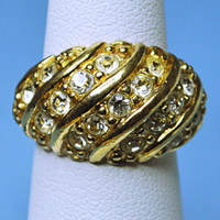 AVON Vintage Gold Domed Rhinestone Cocktail Ring, Hollywood Style, Be a Star! #A463