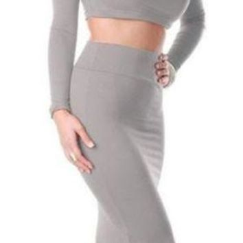 BEAUTIFUL WOMEN PENCIL SKIRT AND CROP TOP SET