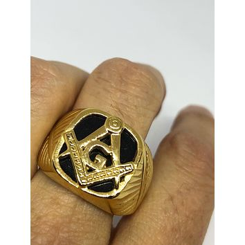 Vintage 1980's Gothic Gold Stainless Steel Genuine Black Onyx Free Mason Men's Ring