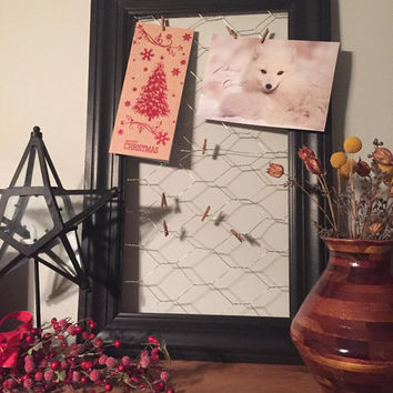 Trim Framed Chickenwire Picture Hanger - Shown in Black