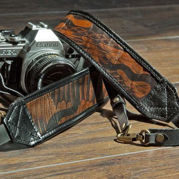 The Wing Printed Leather Camera Strap