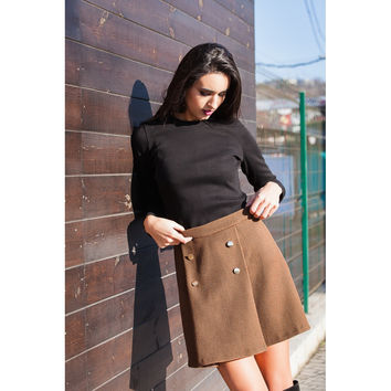 Brown wool buttoned mini skirt