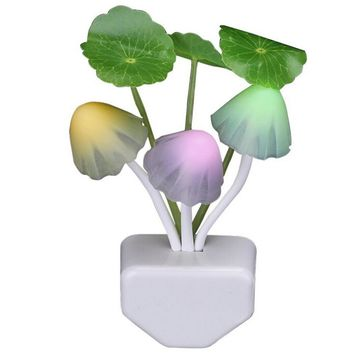 Sensor Led Night Light, Color changing Plug-in LED Mushroom Dream Bed Lamp Gift