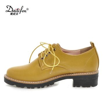 Daitifen Spring Oxford Shoes for Women Flats Comfortable Soft Leather Oxfords Flat Casual Shoes Retro Lace Up Womens Shoes