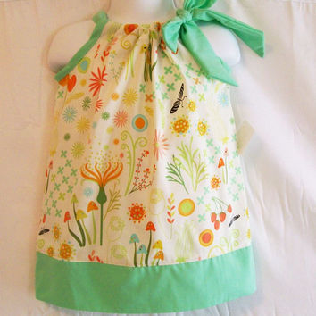 Girls Pillowcase Dress, Garden Dress, Girls Clothing, Baby Girls Dress, handmade Dress, Little Girls Dress, made in the USA, #102