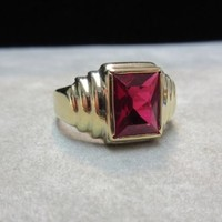 Art Deco Vintage Men's 10k yellow Gold Synthetic Ruby Ring Sz 9