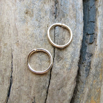 9mm Gold Filled Hoop Earrings / Cartilage Hoops / Tiny Hoops / Helix / Endless / Nose Ring / Tragus / Nose ring / Seamless / Catchless