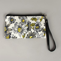 Daisy Sketch Canvas Wristlet