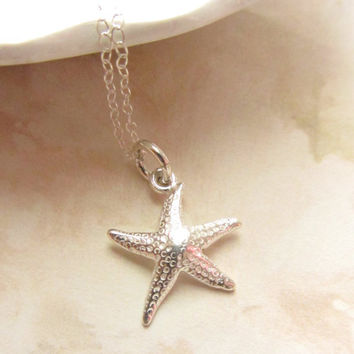 Starfish sterling silver charm necklace by RachellesJewelryBox