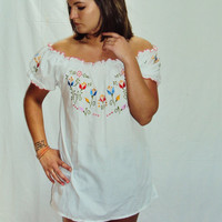 70s Boho Hippie White Peasant Top Blouse Embroidered S v
