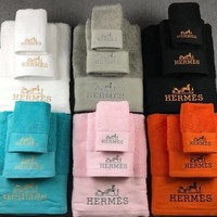 HERMES Bath towel Towel Suits