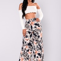 Juliana Floral Pants - Navy/Multi