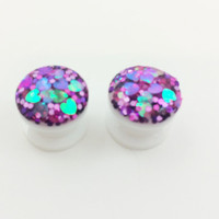 Iridescent heart plugs / 6g, 2g, 0g, 00g, 1/2, 9/16, 5/8 / acrylic gauges / heart gauges / fancy plugs / glitter gauges / glitter plug