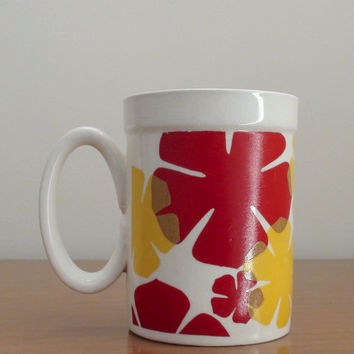 Vintage Mug with Mod Flower Decal