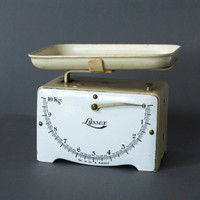 LYSSEX Kitchen Scale 1930s, Black and White, Swiss Designed, Made in Switzerland, Metric System, Art Deco, German Kitchen Scales