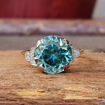 Antique Vintage Art Deco Blue Zircon and Diamond Gold Ring