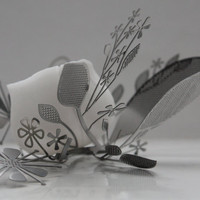 Metal foliage nest with micro fine bone china bowl