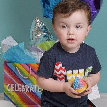 Primary color, two birthday outfit, 2nd Birthday shirt, boy first birthday, red, yellow, grass green, navy blue, favor 2 year old, chevron