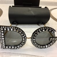 D&G Crystal Embezzled Sunglasses (Toke Makinwa Collaborative Piece, Black w White Crystals)🔥🔥