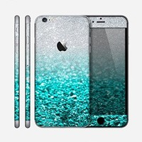 The Tiffany Blue & Silver Glimmer Fade Skin for the Apple iPhone 6 Plus