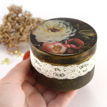 Shabby Black Elegance roses Wooden Box ,Marriage Proposal, small round box, Wedding box, ring bearer box, rustic, white pink