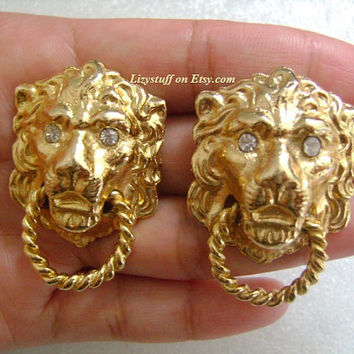 Fabulous Animal Figurine Queen of The Jungle Lion Head/Face Gold Tone With Clear Rhinestones Eyes Door Knocker Chunky Runway Clip Earrings