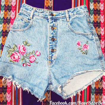 High-Waisted Size 3/4 Cut-Off Denim Shorts -Vintage Paris Express - with rose buttons & embroidery