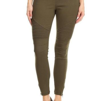 Moto Jeggings With Zipper Detail in Olive
