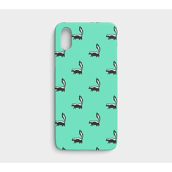 Skunk Cell Phone Case iPhone X - Black on Light Green