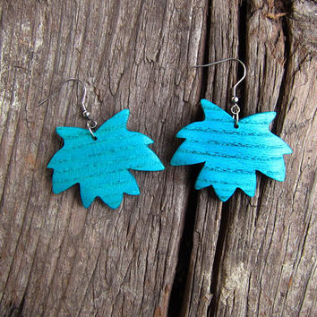 Maple leaf earrings, earrings wood, maple wood, maple earrings, leaf earrings, maple leafs, blue earrings, turquoise, green, jewelry