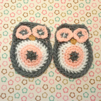 Owl Applique , Owl Embellishment , Crochet Applique, Animal Applique , Owl Decor , Gray Owl , Pink Owl , White Owl